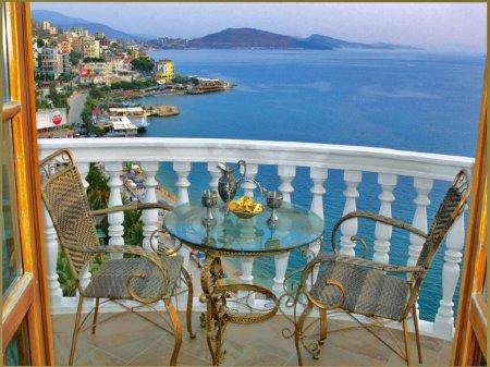 hotel conti monte cristos saranda balcony