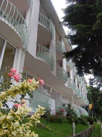 hotel klimetica macedonia front view