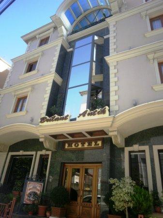 hotel brilant antik tirana front view