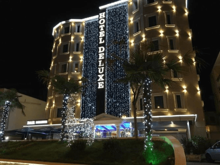 hotel deluxe tirana front view