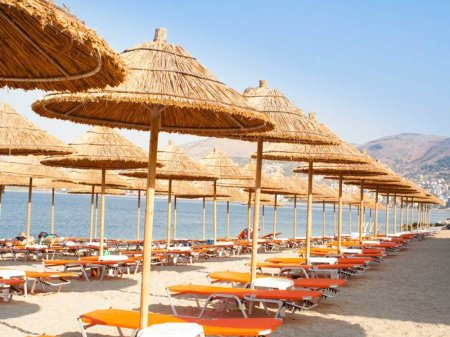 hotel international saranda albanien. Black Bedroom Furniture Sets. Home Design Ideas