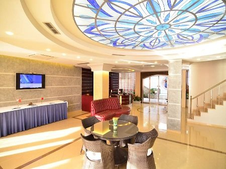 hotel international sarande shqiperi. Black Bedroom Furniture Sets. Home Design Ideas