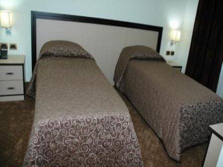 Hotel fieri fier albanien - Twinzimmer bedeutung ...
